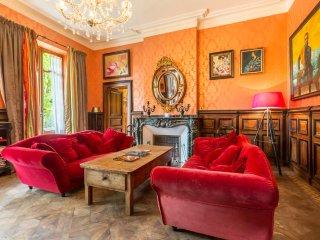 Montjoi Chateau Sleeps 26 with Pool - 5049688