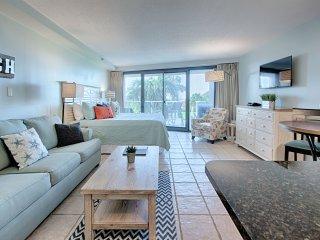 Beachside Two 4201 studio Bedroom condo ~ RA134650
