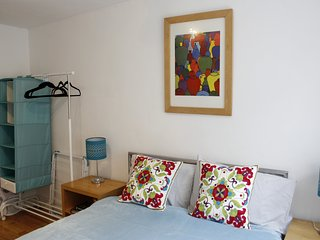 The Shop Cirencester - sleeps 2/3