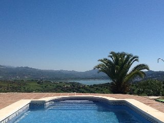 Unbelievable unspoilt view when on a lilo on the pool.....