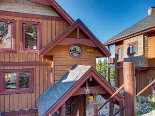 Set in the enchanting Forest location,  Big White has great ski in ski out