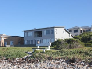 Heaven-On-Sea, self catering beach front property