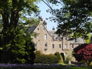 Luxury 5* Scottish Castle in Private Estate in Ayrshire - Sleeps 10