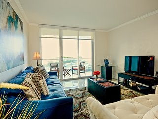 DIRECT ACCES TO THE BEACH 1 Bedroom 1 Bathroom /Full Unit...