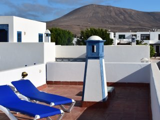 Beautiful semi-detached house in Puerto Calero