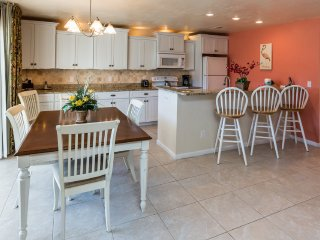 Seas the Day!  2 Bedroom 2 Bath with Partial Gulf View & Steps to the Beach