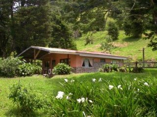 Farm Cabin in Monteverde Cloud Forest