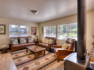 Large, Updated Tahoe Donner Home with HOA Access