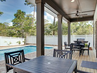 New Construction in Seagrove! Private Heated Pool! Sleeps 20!