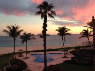 Beautiful Cabo Beachfront 2 Bedroom/2 Bathroom Condo