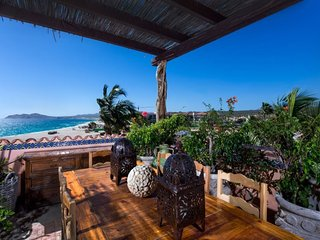 Gorgeous Cabo Beachfront Luxury 2 Bedroom Penthouse with Spectacular Views