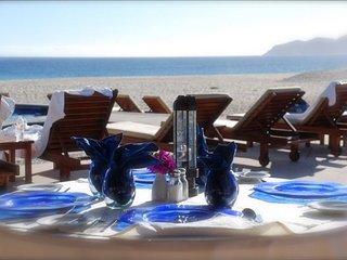 Beautiful Cabo Beachfront 3 Bedroom/3 Bathroom Condo
