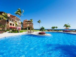 Beautiful Cabo Beachfront 1 Bedroom/1 Bathroom Condo