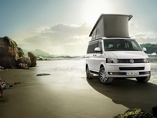 Location de VW California , VW Combi e Motos Café Racer .