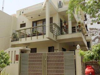 Kanha Homestay-Bedroom B