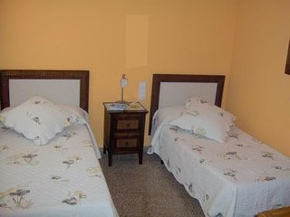 APARTMENT 2 ROOMS GOLF TANGER BEST PRICE BETTER CHOICE WITH  PARKING!!