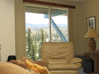 Twilight View Condos Ski/In-Ski/Out Unit G-1