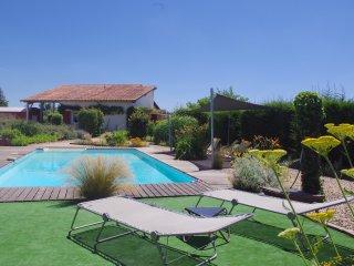 Loréade du Verger un gîte pour 4 personnes piscine privée Aquitaine
