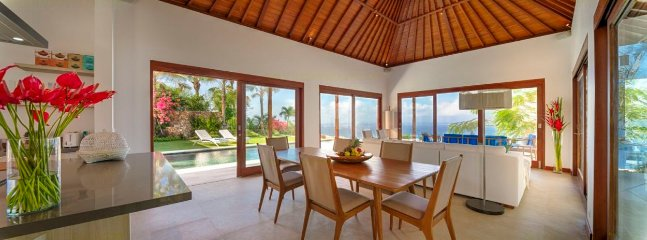 Dining & Living Room, Villa Sol y Mar, Pecatu, Bali