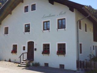 Landhaus für bis zu 10 Personen mit 4 Schlafzimmer ...
