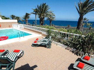 Great Villa in Fantastic Front Line Location in Costa Teguise LVC219170