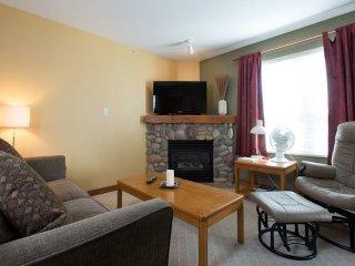 1 Bedroom Alcove at Vance Creekside Condos at Silver Star