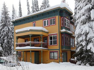 2 Bedroom Regular Suite at Vance Vacation Suites, Silver Star Mt.