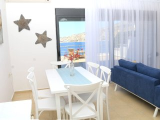 Harito Residence Saranda - Terrace View Apartment
