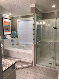 Main-floor Bathroom with Jacuzzi Tub and Shower