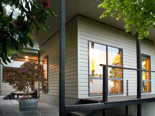 Lyrebird Cottages in the heart of the Yarra Valley