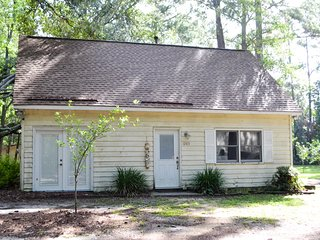 Family/Pet Friendly Coastal Home with Pool-Savannah/Brunswick/Ft. Stewart/HHI