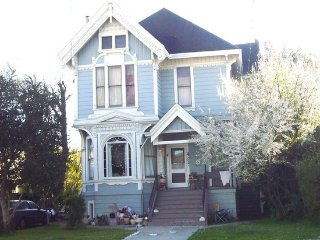 Vintage Alameda! A Classic Queen Anne Victorian