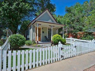 Downtown Charming Mini-Victorian w/ Garage