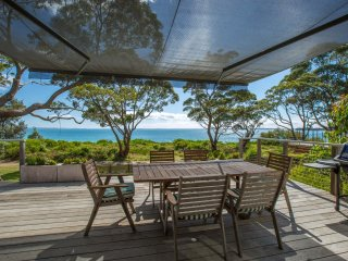 Elizabeth 202 - On The Beach at Vincentia - Pay for 2, Stay for 3 + 4pm Check Ou