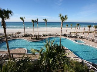 Amazing gulf front 2 bd 2 ba unit with Amazing Views!!