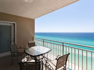 Amazing views from this 2 bed2 bath on the 17th floor of Emerald Beach Resort