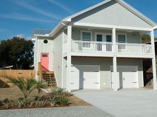Brand New! Pool! Pets Welcome! Steps to the Beach!  Golf cart!