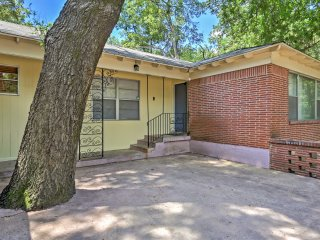 NEW! 2BR Dallas House Near Downtown!