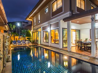 Patong Beautiful private pool villa center Patong