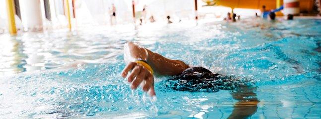 The swimming pool 3 mins away