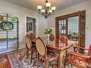 Cozy Marietta House on Woodward Historical Avenue!