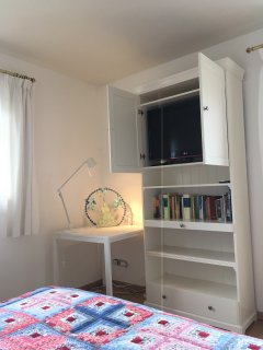 TV - Chambre 3 -  (3 couchages)