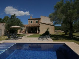 FINCA SES PARRES! Traditionelle Finca,absolute Ruhe,Pool,WIFI,Grill