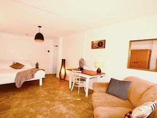 Casa Del Sol of Lismore - Room 4 - 'Violeta'