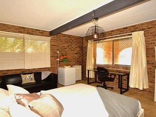 Casa Del Sol of Lismore - Room 2 - 'Jazmin'