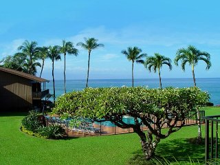 West Maui Oceanview 2 Bedroom Condo!