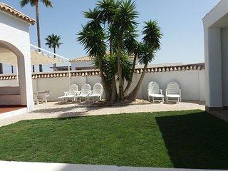 Casa Rural de 3 dormitorios a 150 metros de la playa El Palmar, costa de Cádiz.