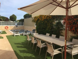 Luxury Holiday Villa with Heated Pool and Private Garden in Falesia Portugal