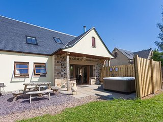 Laurel Cottage, Williamscraig Holiday Cottages