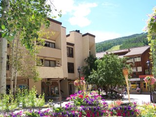 Lionshead Arcade 2-Bed 2-Bath 50 Yards To Gondola In Lionshead